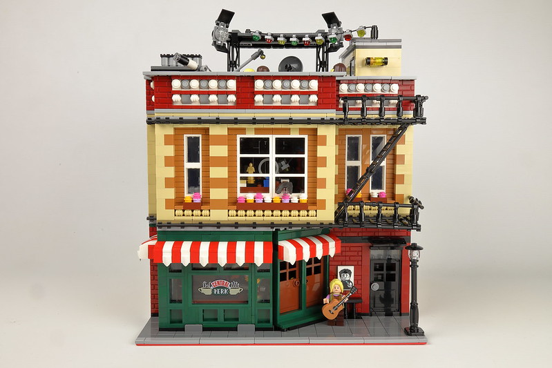 Central Perk Big Bang Theory modular