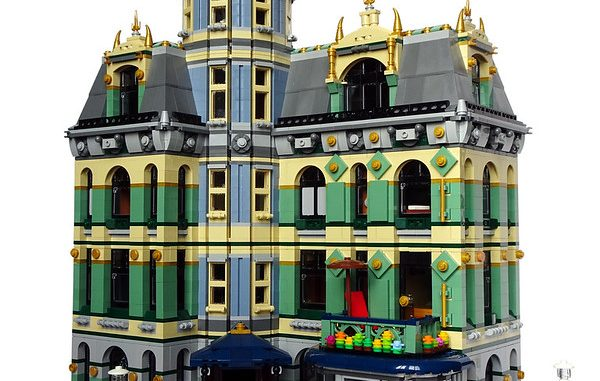 Lego Grand Hotel Modular